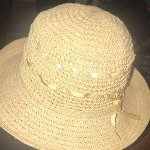 Ladies Straw Woven Hat